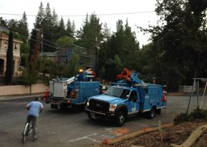 PG&E arriving on scene